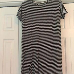 Striped everlane tee dress